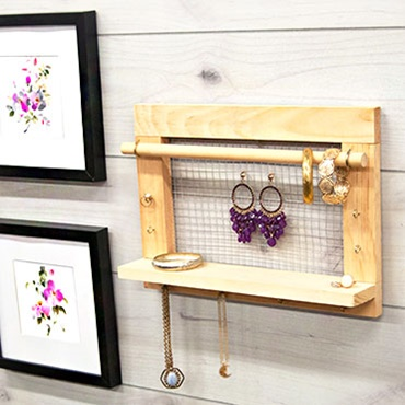 Home Depot Do-It-Herself Workshop - Jewelry Organizer