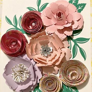 Paper Flowers with Fouzia
